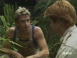 Shane Ramsay, Clive Gibbons in Neighbours Episode 0193