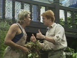 Shane Ramsay, Clive Gibbons in Neighbours Episode 0194