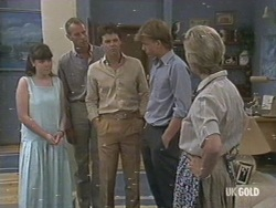 Nikki Dennison, Jim Robinson, Paul Robinson, Scott Robinson, Helen Daniels in Neighbours Episode 0194