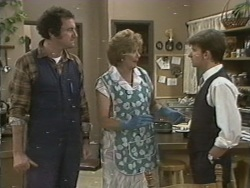 Max Ramsay, Madge Mitchell, Danny Ramsay in Neighbours Episode 0198