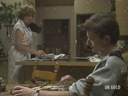Madge Mitchell, Danny Ramsay in Neighbours Episode 0198