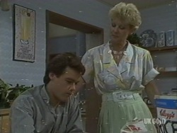 Paul Robinson, Rosemary Daniels in Neighbours Episode 0199