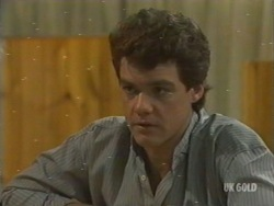 Paul Robinson in Neighbours Episode 0199