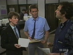 Danny Ramsay, Des Clarke, Max Ramsay in Neighbours Episode 0199