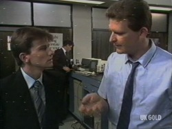 Danny Ramsay, Des Clarke in Neighbours Episode 0200