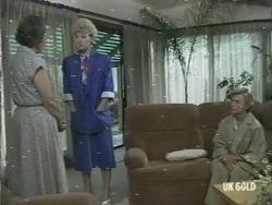 Heather Ambrose, Rosemary Daniels, Helen Daniels in Neighbours Episode 0201