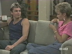 Shane Ramsay, Daphne Lawrence in Neighbours Episode 0201