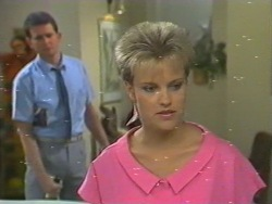 Des Clarke, Daphne Lawrence in Neighbours Episode 0202