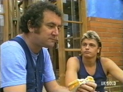Max Ramsay, Shane Ramsay in Neighbours Episode 0202