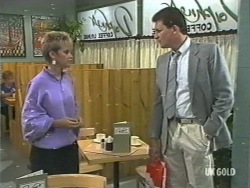 Daphne Lawrence, Des Clarke in Neighbours Episode 0202