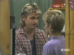 Shane Ramsay, Daphne Lawrence in Neighbours Episode 0202
