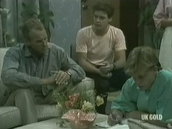 Jim Robinson, Paul Robinson, Scott Robinson in Neighbours Episode 0203