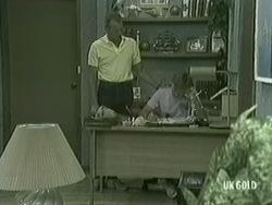 Jim Robinson, Scott Robinson in Neighbours Episode 0203