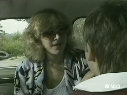 Andrea Townsend, Bradley Townsend in Neighbours Episode 0205
