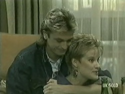Shane Ramsay, Daphne Lawrence in Neighbours Episode 0206