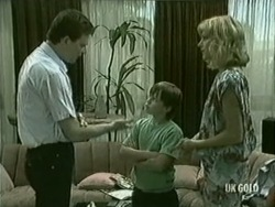 Des Clarke, Bradley Townsend, Andrea Townsend in Neighbours Episode 0206