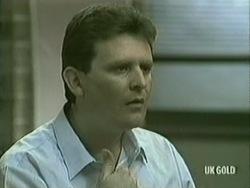 Des Clarke in Neighbours Episode 0206