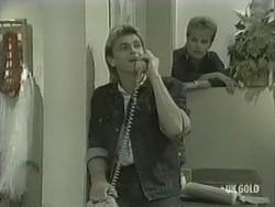 Shane Ramsay, Daphne Clarke in Neighbours Episode 0207