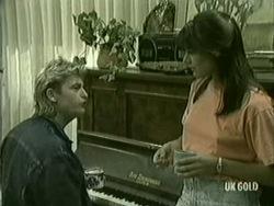 Shane Ramsay, Zoe Davis in Neighbours Episode 0208