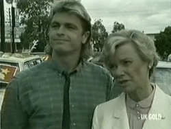Shane Ramsay, Helen Daniels in Neighbours Episode 0209