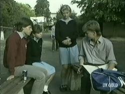 Mike Young, Nikki Dennison, Margo, Scott Robinson in Neighbours Episode 0209