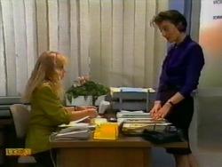 Jane Harris, Gail Robinson in Neighbours Episode 0941