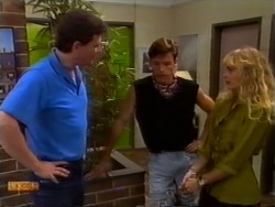 Des Clarke, Mike Young, Jane Harris in Neighbours Episode 0941