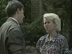 Don Townsend, Helen Daniels in Neighbours Episode 0942
