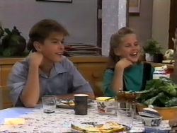 Todd Landers, Katie Landers in Neighbours Episode 0943