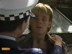 Police Officer, Skinner in Neighbours Episode 0943