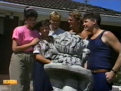 Poppy Skouros, Mrs. Skouros, Scott Robinson, Henry Ramsay, Joe Mangel in Neighbours Episode 0943