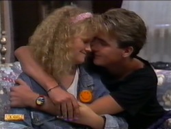 Sharon Davies, Nick Page in Neighbours Episode 0943