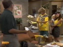 Harold Bishop, Madge Bishop, Kerry Bishop, Sky Bishop in Neighbours Episode 0944