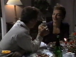 Paul Robinson, Gail Robinson in Neighbours Episode 0944