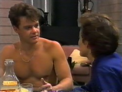 Paul Robinson, Gail Robinson in Neighbours Episode 0945