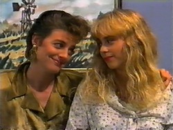 Gail Robinson, Jane Harris in Neighbours Episode 0945