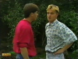 Mike Young, Scott Robinson in Neighbours Episode 0946