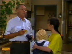 Harold Bishop, Sky Mangel, Kerry Bishop in Neighbours Episode 0947
