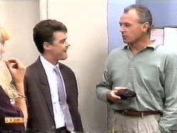 Paul Robinson, Jim Robinson in Neighbours Episode 0949