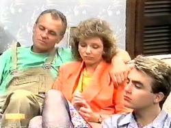 Jim Robinson, Beverly Marshall, Nick Page in Neighbours Episode 0949