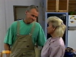 Jim Robinson, Helen Daniels in Neighbours Episode 0949