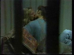 Brad Willis, Beth Brennan in Neighbours Episode 1778