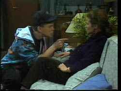 Michael Martin, Julie Robinson in Neighbours Episode 1778