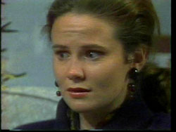Julie Robinson in Neighbours Episode 1778