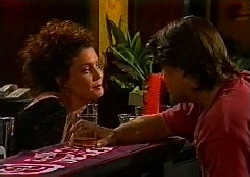 Gaby Willis, Cameron Hudson in Neighbours Episode 1827