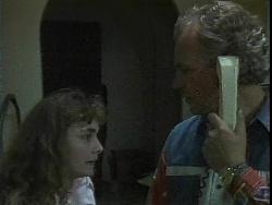 Debbie Martin, Jim Robinson in Neighbours Episode 1828