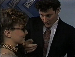 Debbie Martin, Matthew Forrest in Neighbours Episode 1829