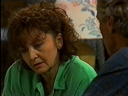 Pam Willis, Jim Robinson in Neighbours Episode 1829