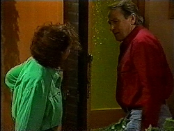 Pam Willis, Doug Willis in Neighbours Episode 1829