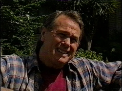 Doug Willis in Neighbours Episode 1830